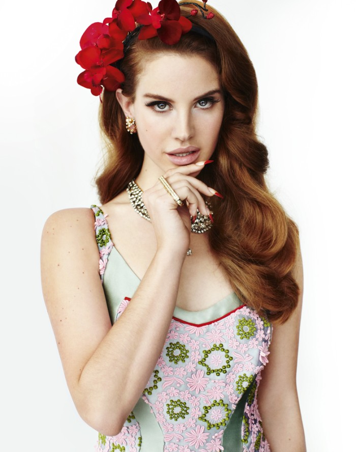 lana-del-rey-by-mario-testino-vogue-uk-march-2012-ii