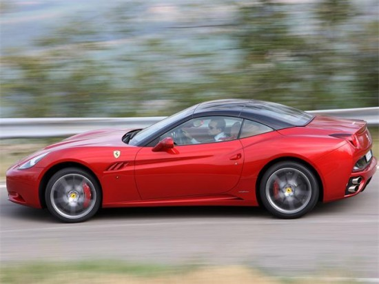new-ferrari-california2-550x412