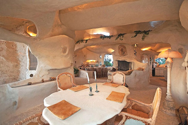 Flintstones-home-Malibu-4