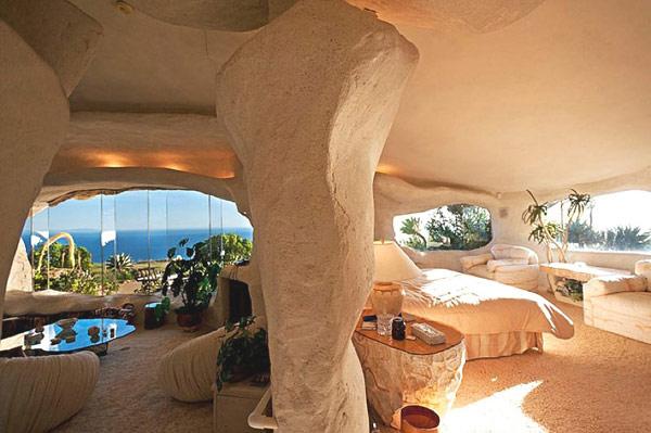Flintstones-home-Malibu-8