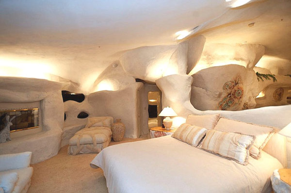 Flintstones-home-Malibu-9