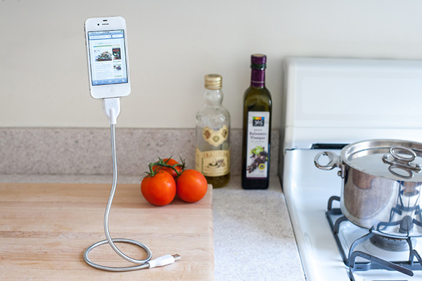 suspended-phone-charging-and-dock-device