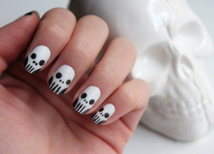 skull-nails-tutorial-kawaii-nail-blog-kawaii-blogging