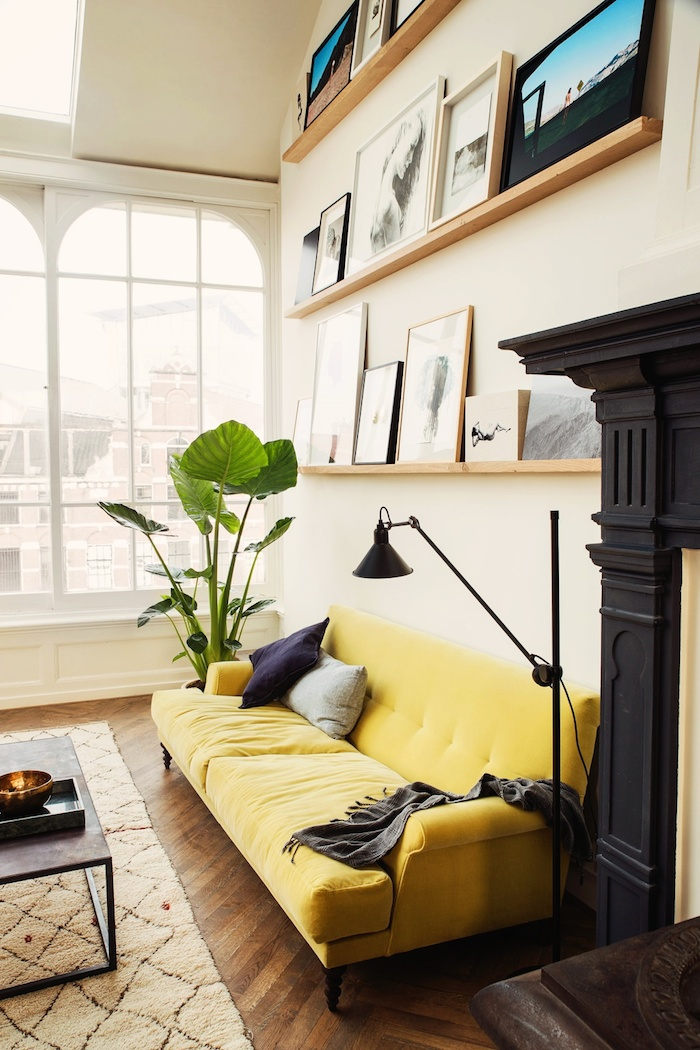 yellow-sofa-and-gallery-wall