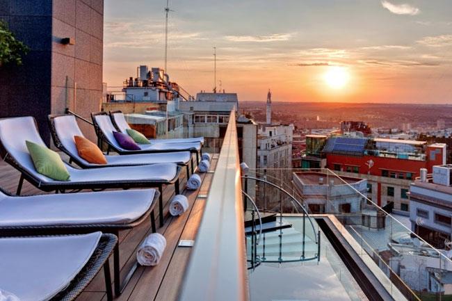 Sky-Lounge-Bar-Hotel-Indigo-Terraza-Madrid-TC