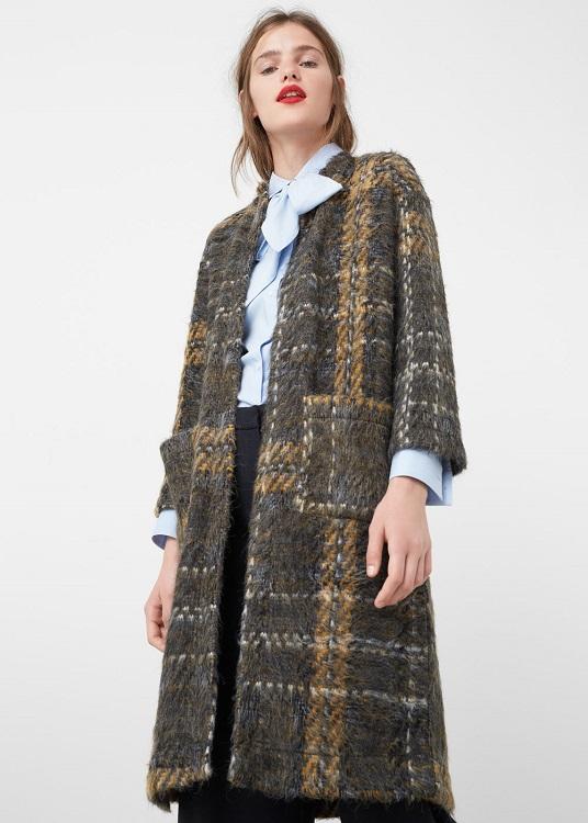 abrigo-mango-textura-cuadros