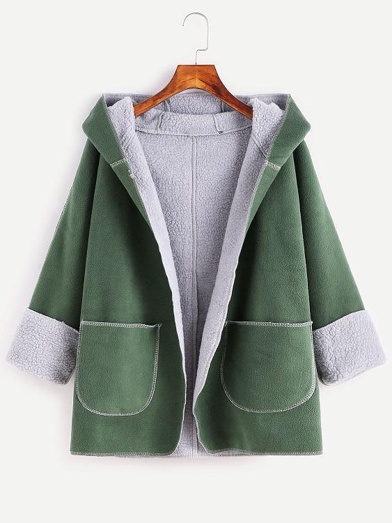 abrigo-verde-capucha