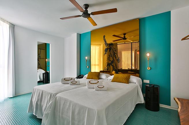 hotel-santos-dorado_cabecero_queen