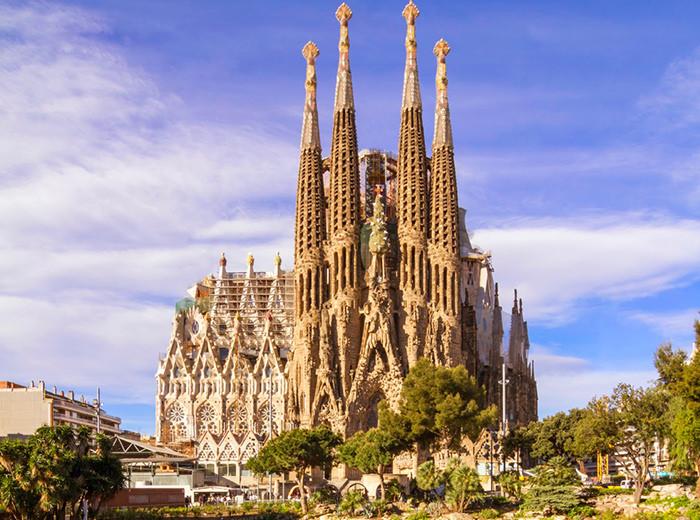 10 cosas increíbles que hacer en España La Sagrada Familia Barcelona