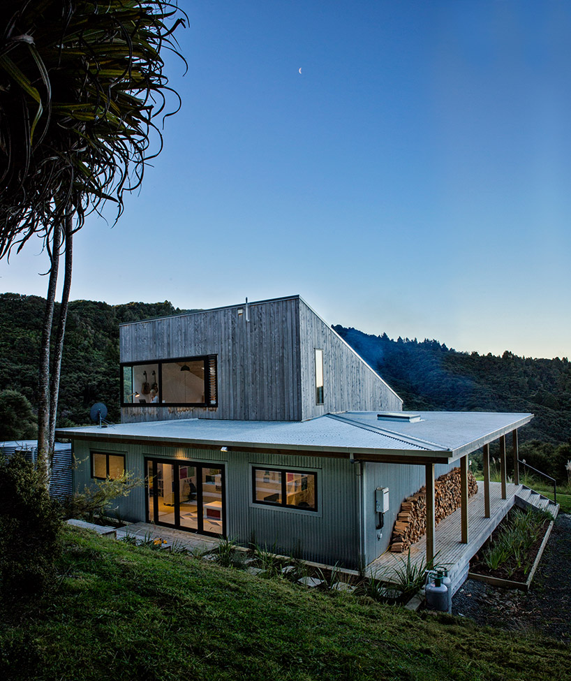 david-maurice-LTD-architectural-back-country-house-puhoi-new-zealand-TC-09